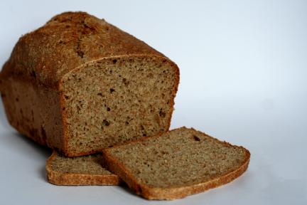 Photo of sliced Grant Loaf