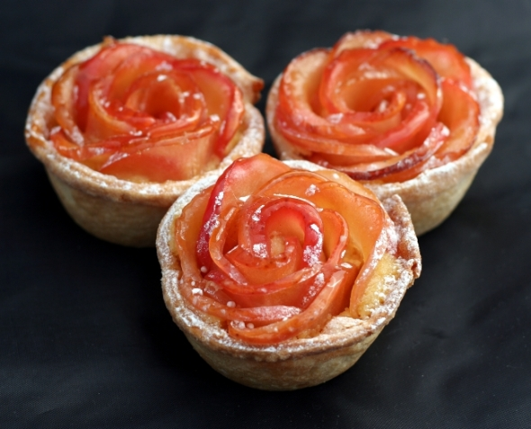 Apple Roses Tarts