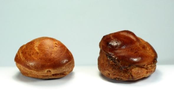 Unglazed vs Glazed choux buns