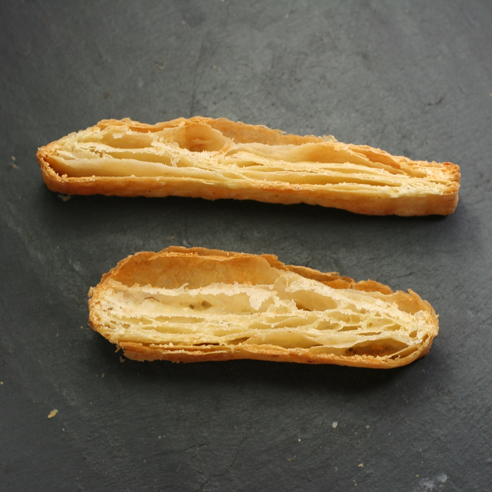 Flaky Pastry (top) vs Rough Puff Pastry (bottom)