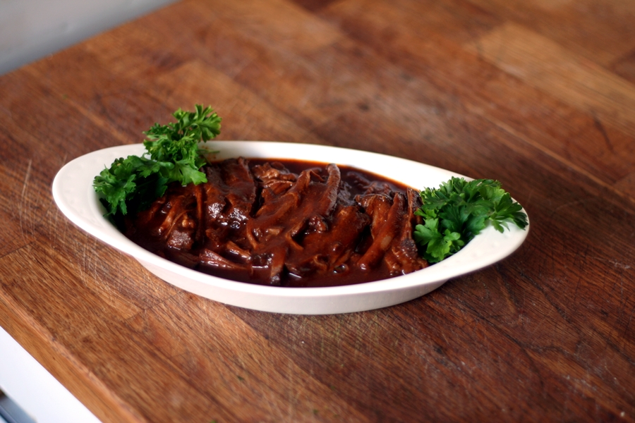 how to cook pulled beef in the oven