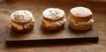 Mini Meringue Cakes