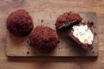 Mini Molehill Cakes